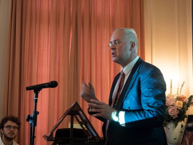 Auteur Theo Kralt